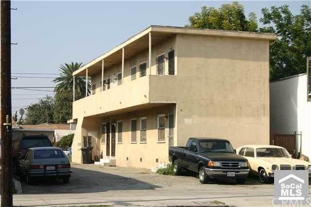 7925 S Broadway, Los Angeles (City), CA 90003 (#PW21188215) :: Zutila, Inc.