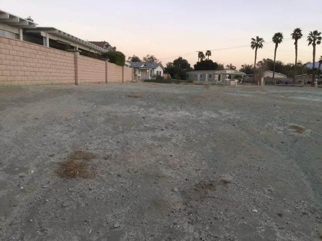 35235 Sand Rock Road, Thousand Palms, CA 92276 (#219067397DA) :: Corcoran Global Living