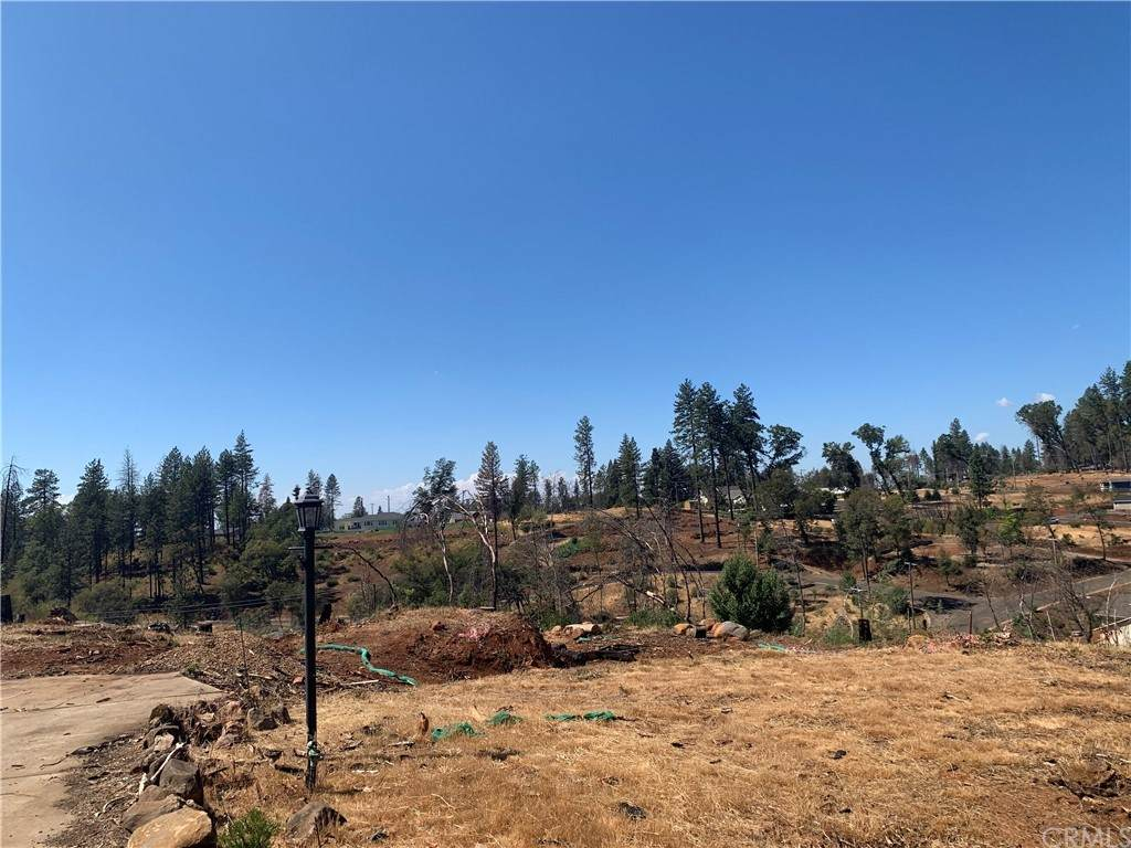 5905 Pine View Drive - Photo 1