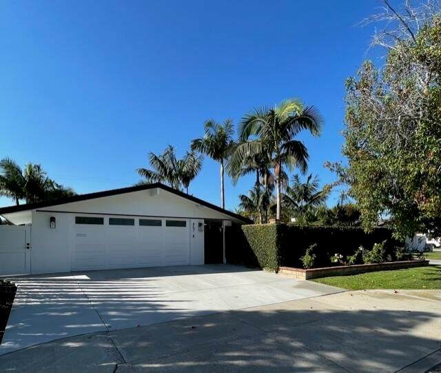 457 Princeton Drive, Costa Mesa, CA 92626 (#219067444DA) :: Better Living SoCal