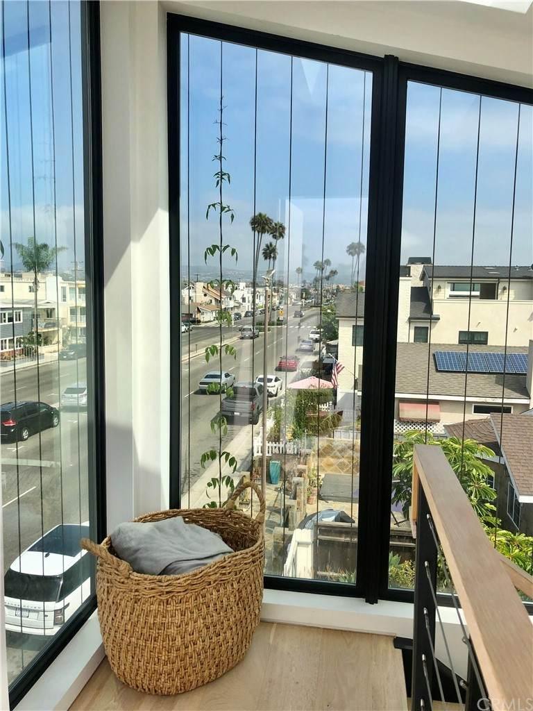 1045 Balboa Blvd - Photo 1