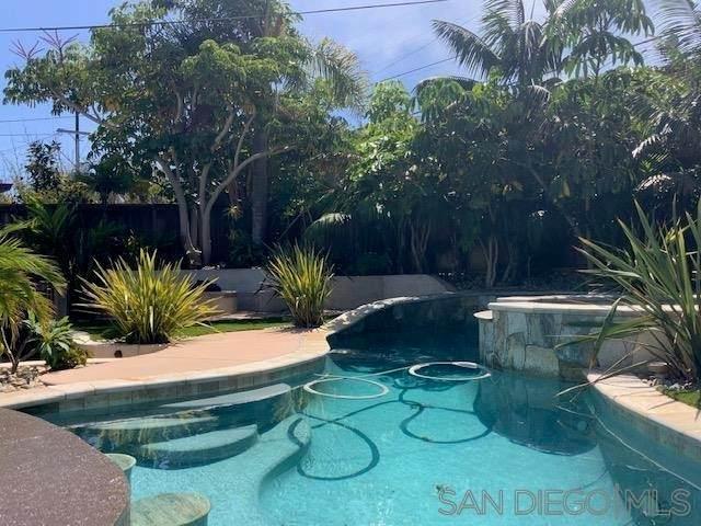 4437 Brighton Ave, San Diego, CA 92107 (#210026060) :: Steele Canyon Realty
