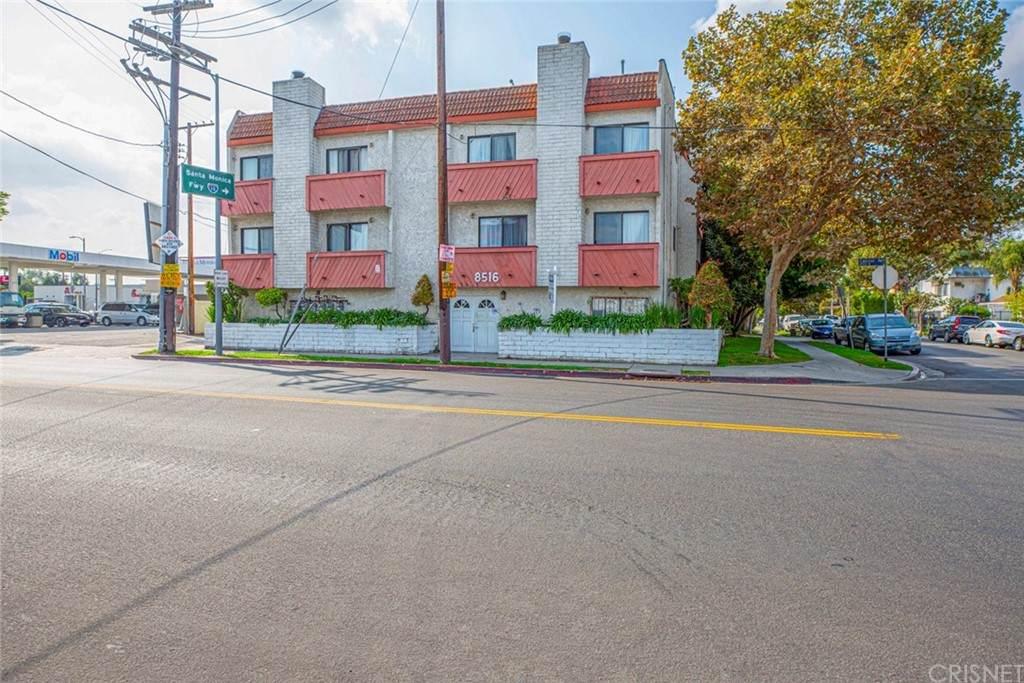 8516 Cadillac Avenue - Photo 1
