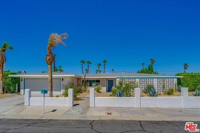 2380 Bellamy Road E, Palm Springs, CA 92262 (#219067580PS) :: Steele Canyon Realty