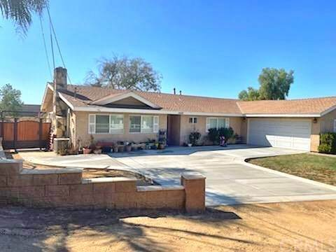 1680 Valley View Avenue, Norco, CA 92860 (#CV21203753) :: Steele Canyon Realty