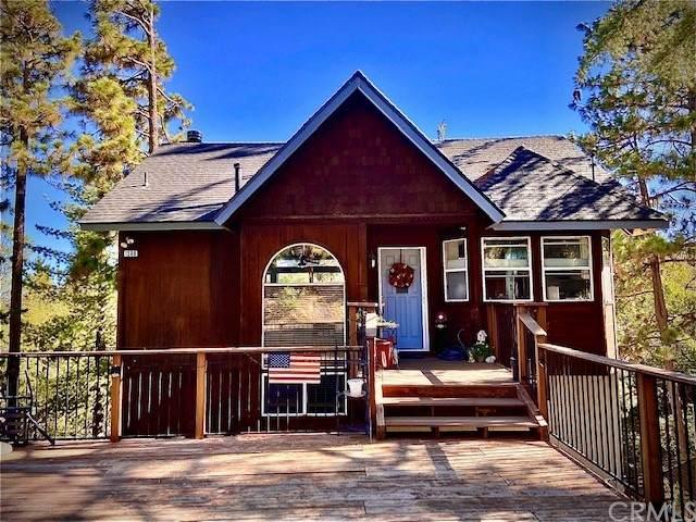 1390 Calgary Drive, Lake Arrowhead, CA 92352 (#IV21202210) :: American Real Estate List & Sell