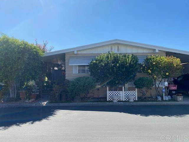 1010 E Bobier Drive #129, Vista, CA 92084 (#NDP2110782) :: Steele Canyon Realty