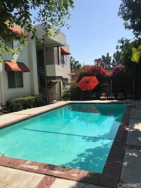 5644 Yolanda Avenue #2, Tarzana, CA 91356 (#SR21204737) :: Steele Canyon Realty