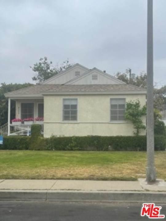 8353 Dunbarton Avenue, Los Angeles (City), CA 90045 (#21784888) :: Steele Canyon Realty