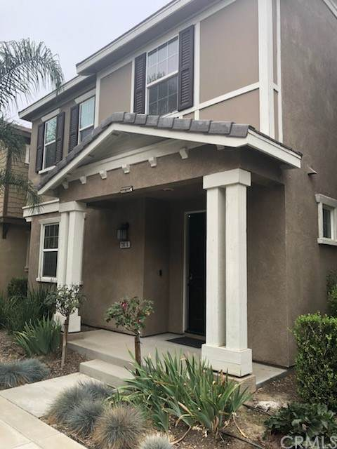 13076 58th Street, Eastvale, CA 92880 (#PW21204917) :: Steele Canyon Realty