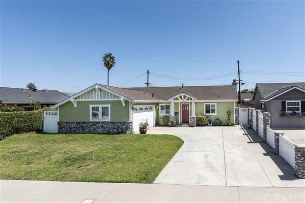 17382 Meer Circle, Huntington Beach, CA 92647 (#PW21205338) :: Doherty Real Estate Group