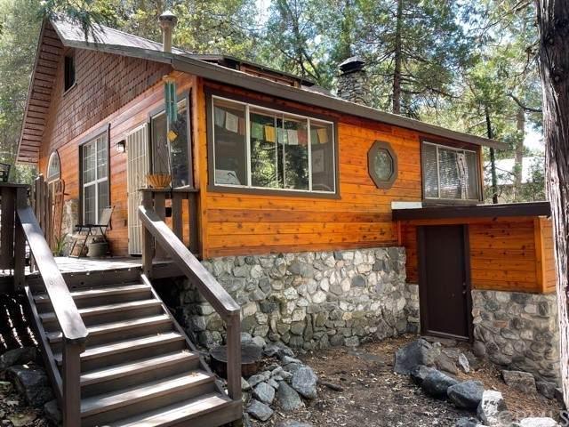 40915 Oak Drive, Forest Falls, CA 92339 (#EV21206519) :: Steele Canyon Realty