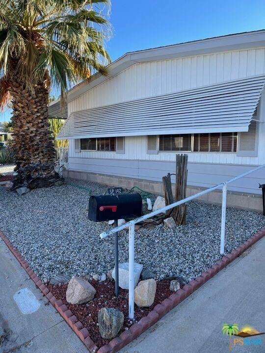 7501 Palm Avenue #142, Yucca Valley, CA 92284 (#21784994) :: Zen Ziejewski and Team