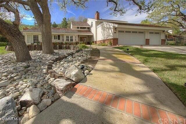 4083 Cresthaven Drive, Westlake Village, CA 91362 (#221005167) :: American Real Estate List & Sell