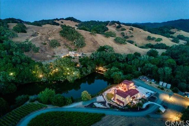 8345 Green Valley Road, Templeton, CA 93465 (#NS21208237) :: Team Forss Realty Group