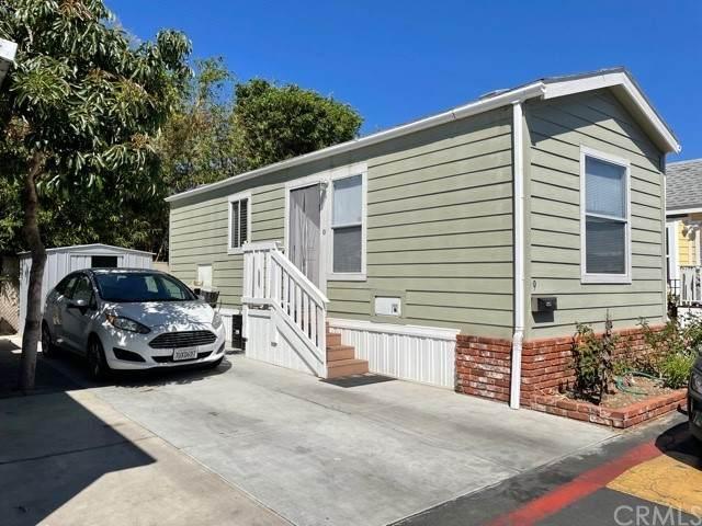 525 Fairfax #9, Costa Mesa, CA 92627 (#PW21208411) :: Latrice Deluna Homes