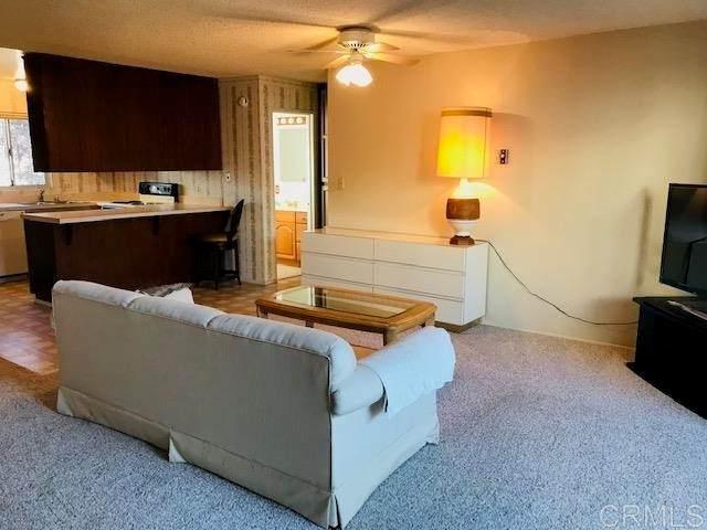 1550 S Maple Street #1, Escondido, CA 92025 (#NDP2111046) :: Corcoran Global Living