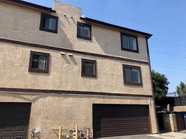 515 W Gardena Blvd #12, Gardena, CA 90248 (#SB21211982) :: Elevate Palm Springs