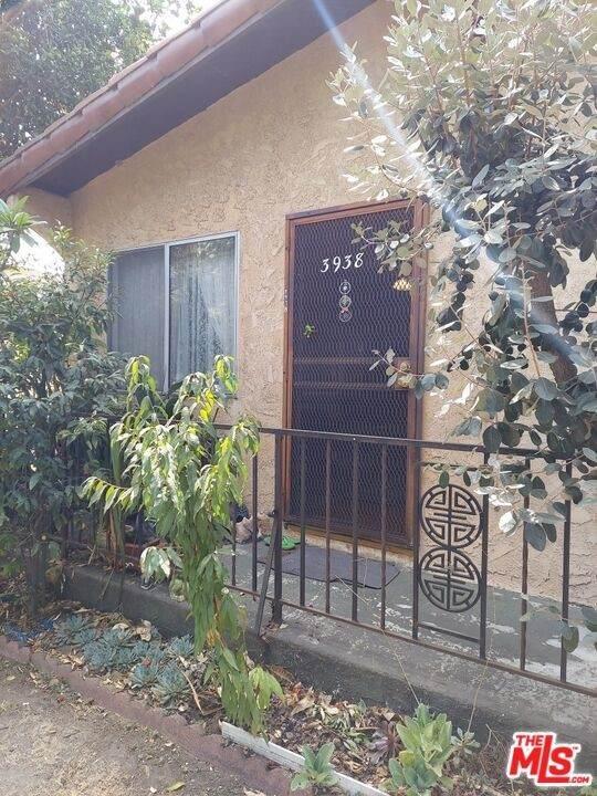3938 Brunswick Avenue, Los Angeles (City), CA 90039 (#21788392) :: The M&M Team Realty