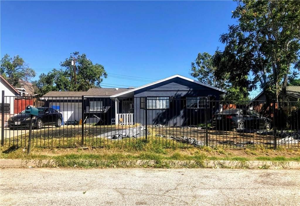 5867 Dogwood Street - Photo 1
