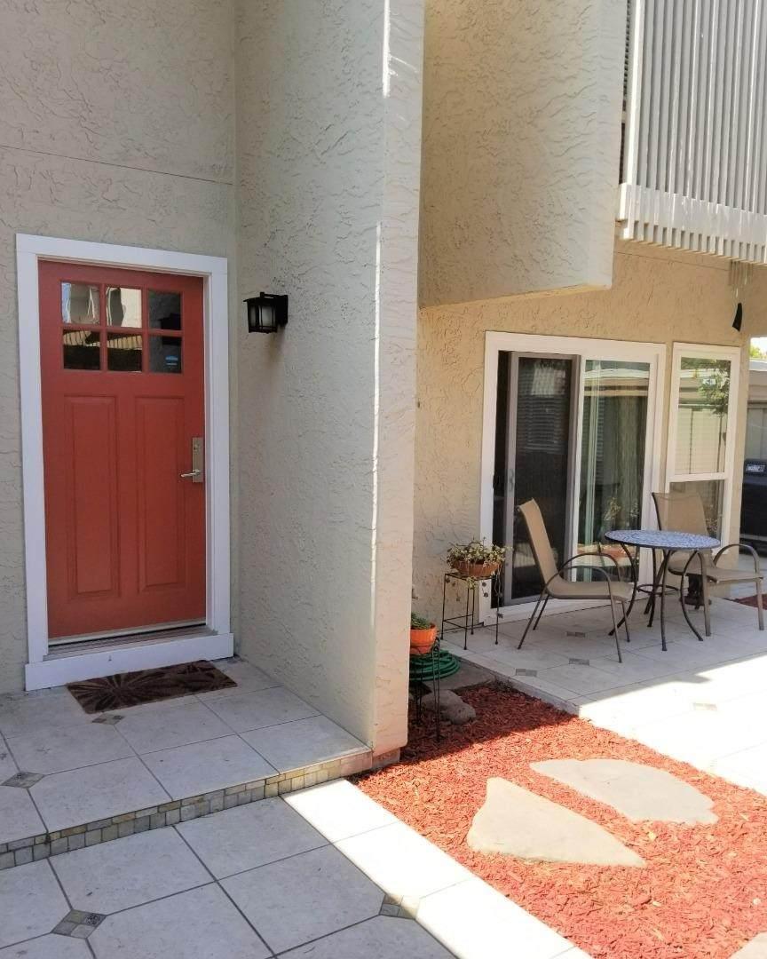 506 Cascade Terrace - Photo 1