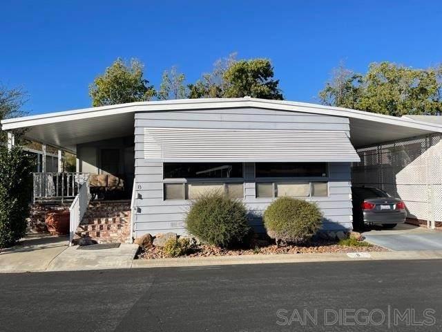 525 W El Norte Pkwy Spc 8, Escondido, CA 92026 (#210027509) :: Zutila, Inc.