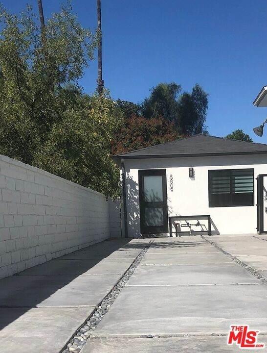 5811 Corbin Avenue - Photo 1