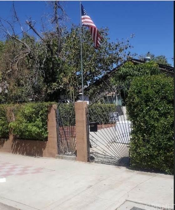 11542 Acala Avenue, Mission Hills (San Fernando), CA 91340 (#SR21218218) :: The Kohler Group