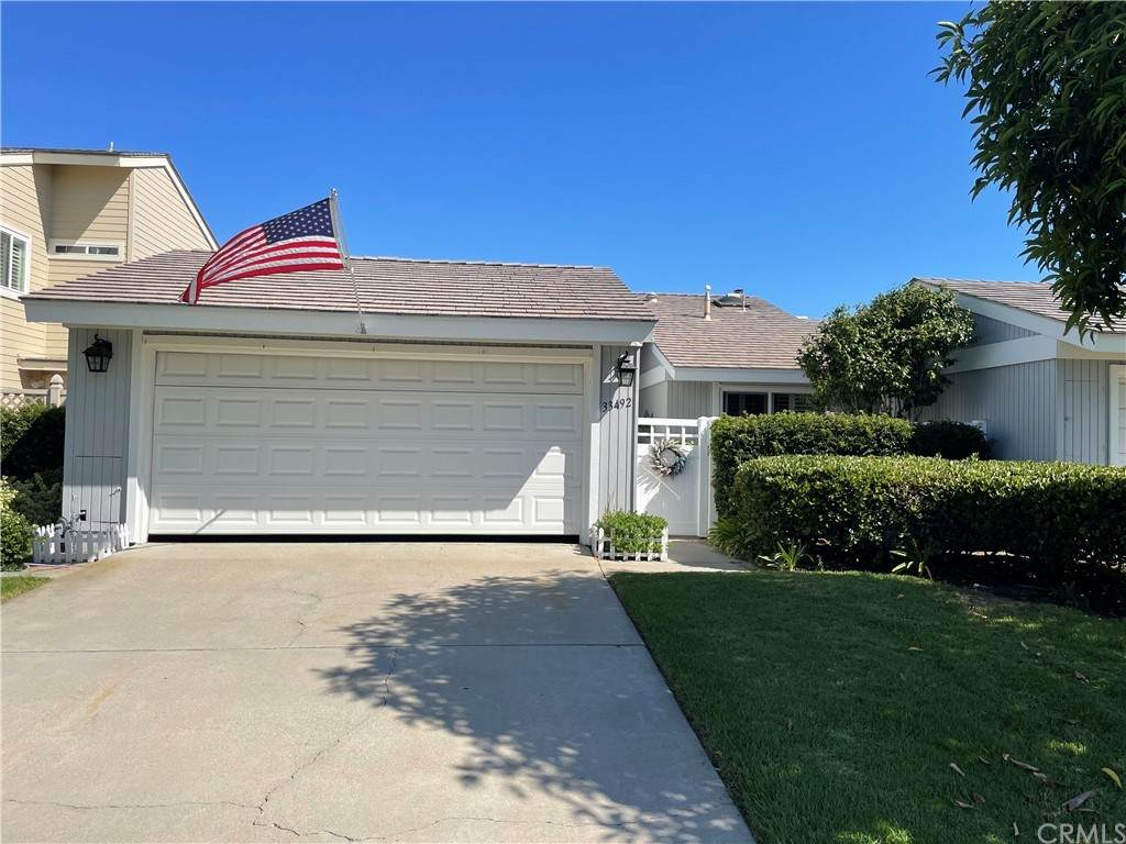 33492 Spinnaker Drive South - Photo 1