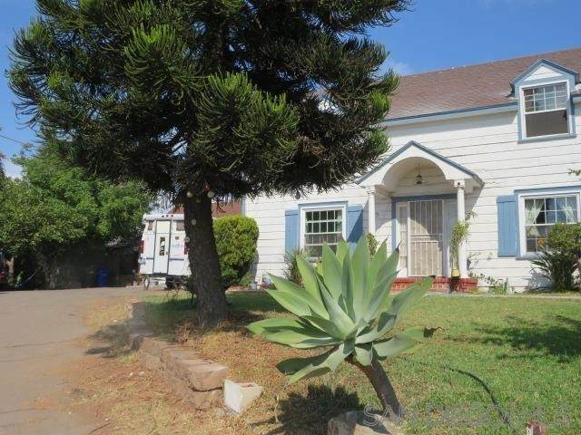 945 N Avenue, National City, CA 91950 (#210028137) :: Necol Realty Group