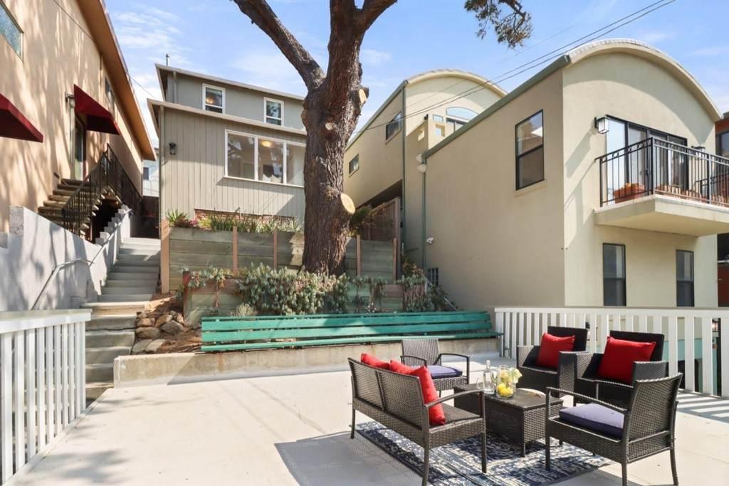 127 Santa Clara Street - Photo 1