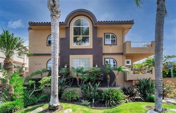 138 S Broadway, Redondo Beach, CA 90277 (#SB21217979) :: The M&M Team Realty