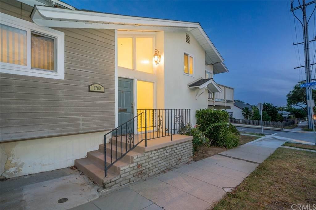 1760 Loma Avenue - Photo 1