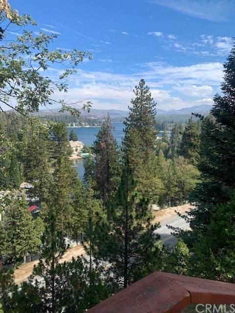 27376 N Bay Road, Lake Arrowhead, CA 92352 (#DW21224073) :: Necol Realty Group