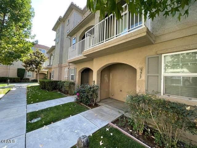 377 Larmon Loop, Santa Paula, CA 93060 (#V1-8835) :: Team Tami