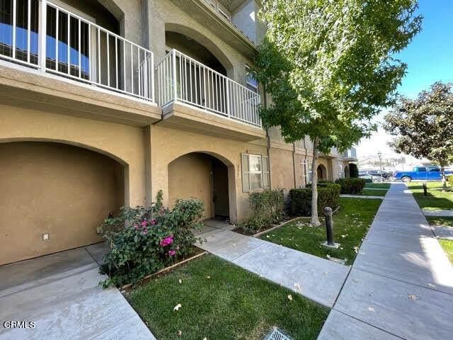 373 Larmon Loop, Santa Paula, CA 93060 (#V1-8836) :: Team Tami