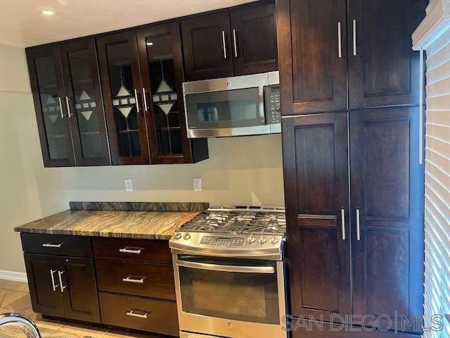 14767 Caminto Orense Oeste, San Diego, CA 92129 (#210028515) :: RE/MAX Empire Properties