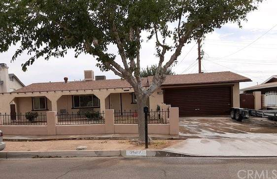 25617 Tamarisk Street, Barstow, CA 92311 (#IG21215301) :: Blake Cory Home Selling Team