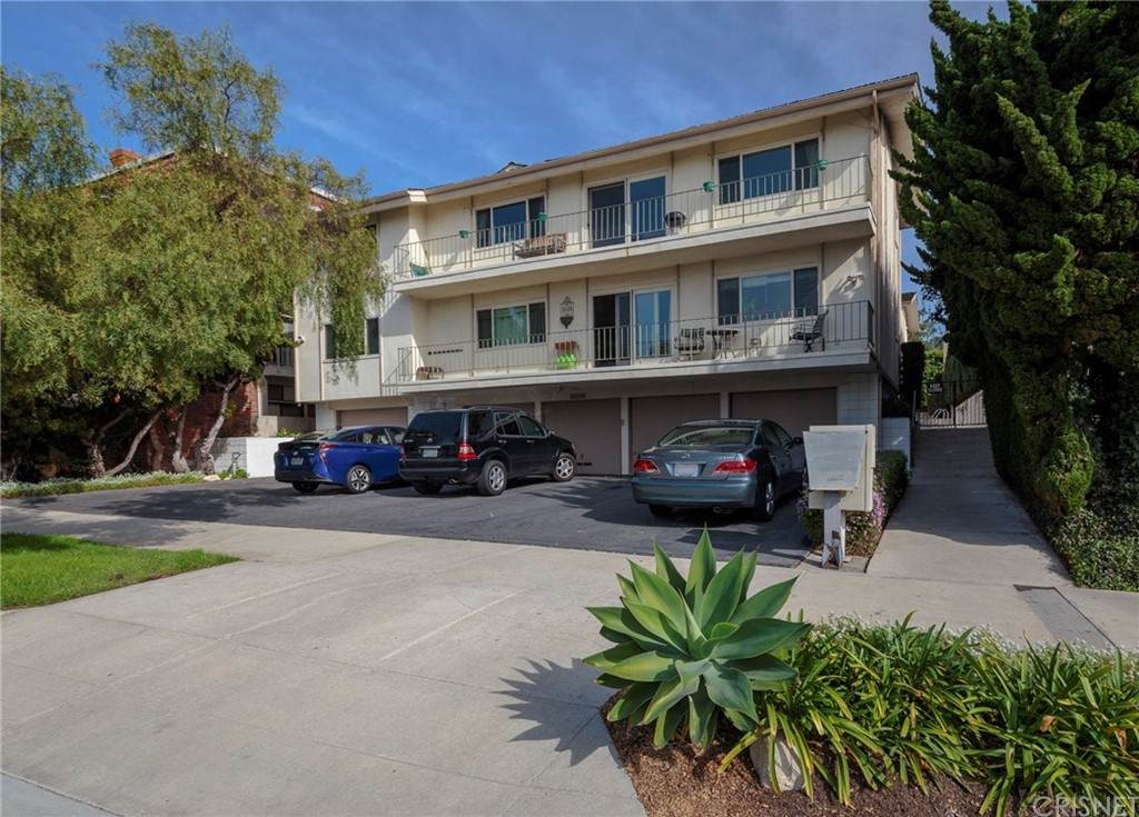 2316 Palos Verdes Drive - Photo 1