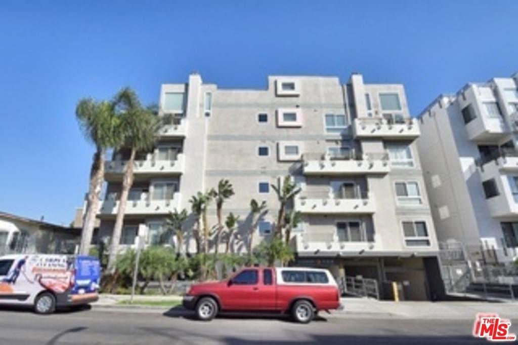 1036 Serrano Avenue - Photo 1