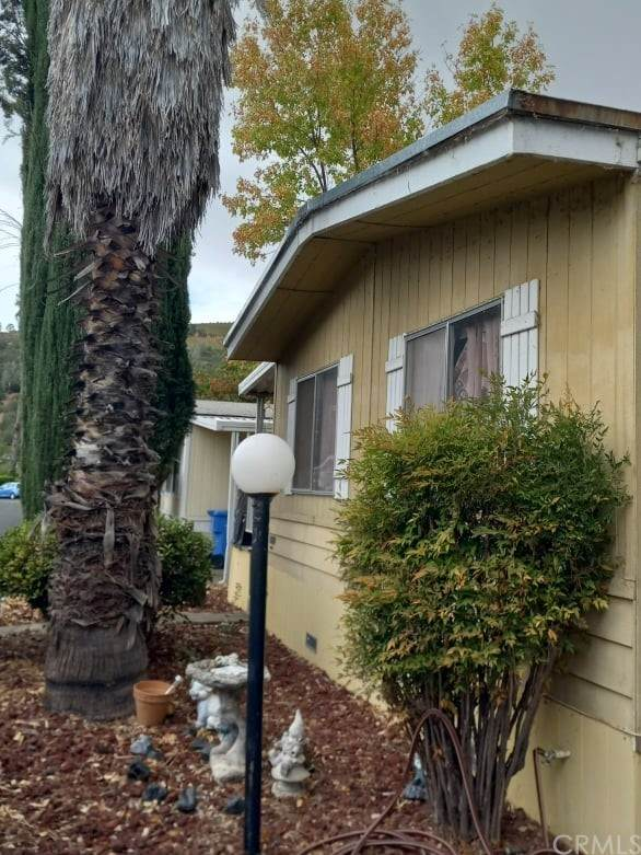 400 Sulphur Bank Drive, Clearlake Oaks, CA 95423 (#LC21228243) :: RE/MAX Empire Properties