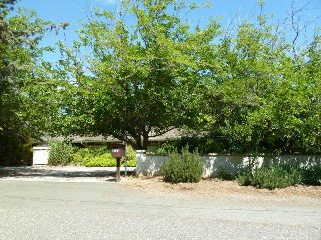 5118 Country Club Drive, Paradise, CA 95969 (#PA21228386) :: The Laffins Real Estate Team