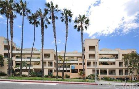 110 The Village #211, Redondo Beach, CA 90277 (#PV21228403) :: The M&M Team Realty