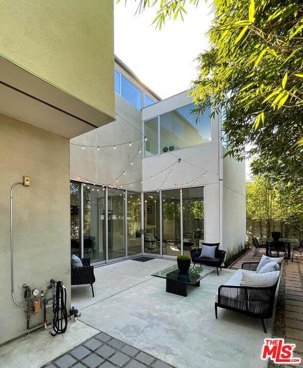 4278 Perlita Avenue, Los Angeles (City), CA 90039 (#21795190) :: The Kohler Group