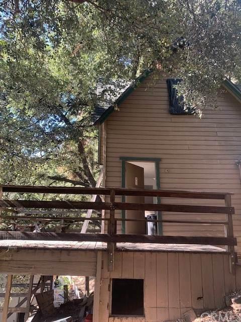 23644 Hillside Drive, Crestline, CA 92325 (#EV21229689) :: Zutila, Inc.