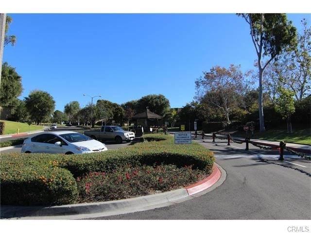 15942 Alta Vista Drive 616-B, La Mirada, CA 90638 (#PW21229917) :: The M&M Team Realty