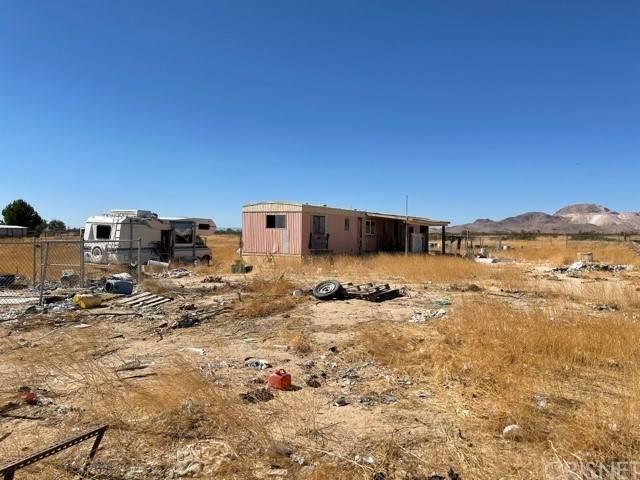 1536 Dalton Avenue, Mojave, CA 93501 (#SR21230469) :: CENTURY 21 Jordan-Link & Co.