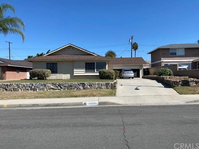 3525 Meadowview, Riverside, CA 92503 (#IG21231006) :: McKee Real Estate Group Powered By Realty Masters & Associates