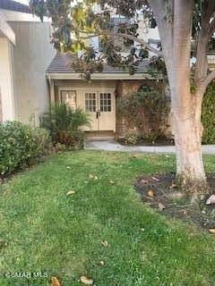 2924 Shadow Brook Lane, Westlake Village, CA 91361 (#221005632) :: Latrice Deluna Homes