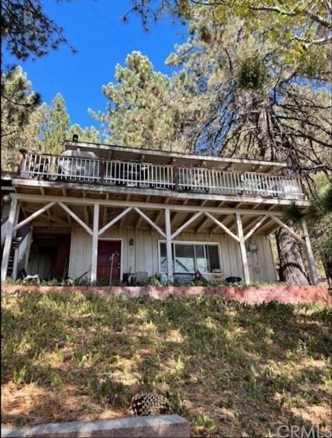 2011 Poplar Drive, Running Springs, CA 92382 (#IV21232977) :: Latrice Deluna Homes